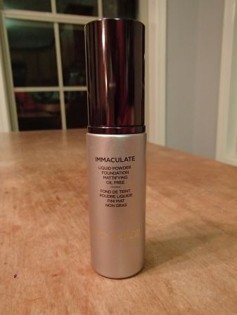 Review: Hourglass Immaculate Liquid Powder Foundation