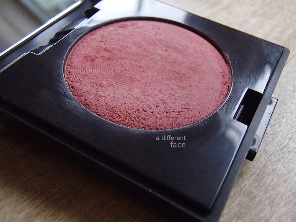 Review: Laura Mercier Creme Cheek Color in Blaze
