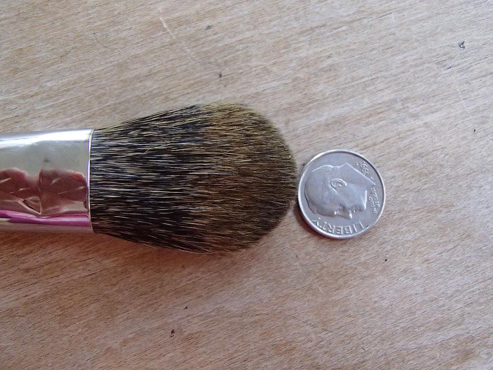 Cheek Brush – Paddle