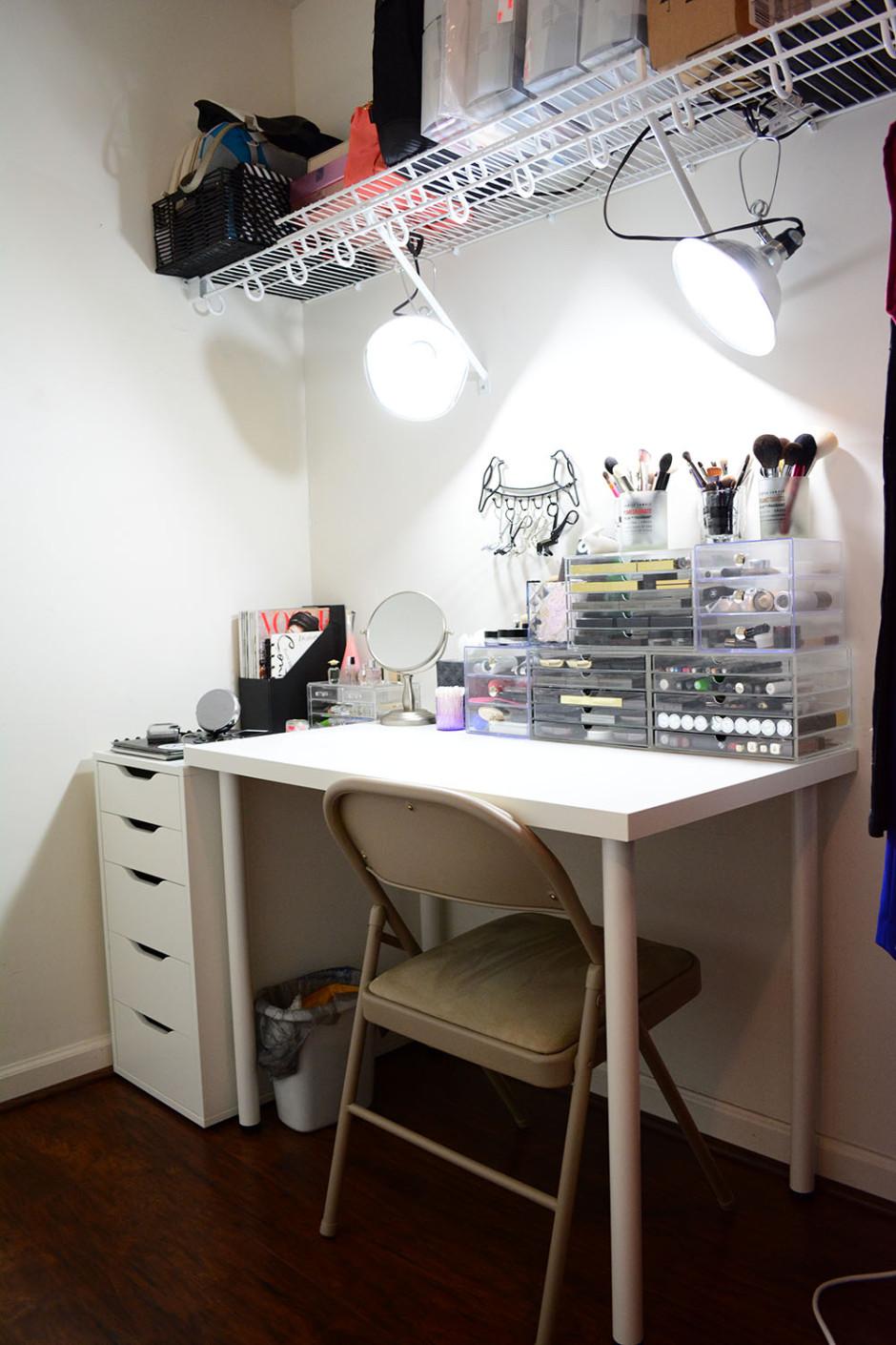 My \'I have no room for a vanity\' vanity | Lipstick Latitude