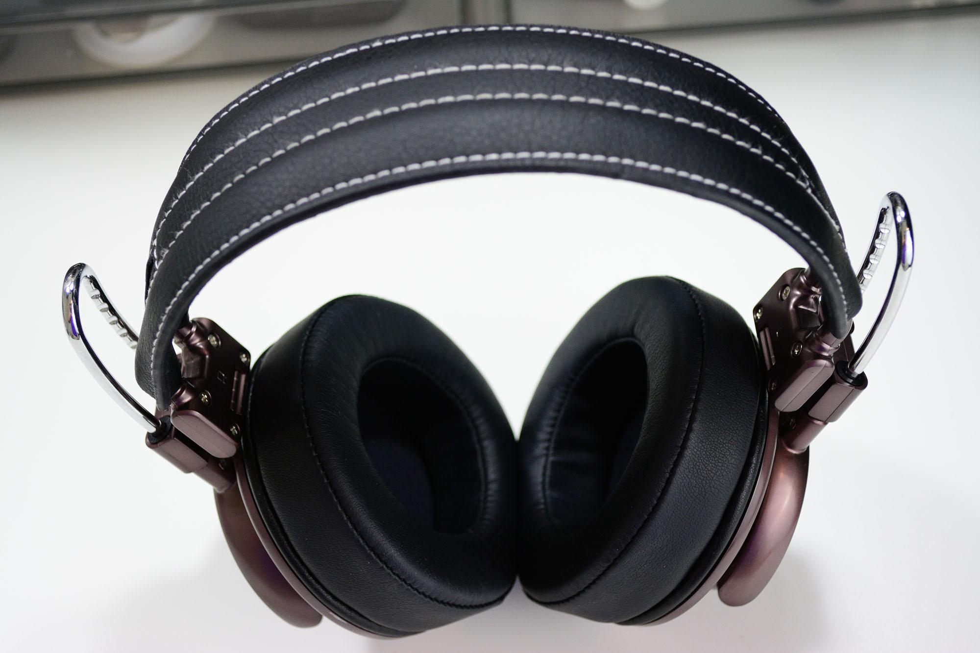 California Headphone Company Silverado