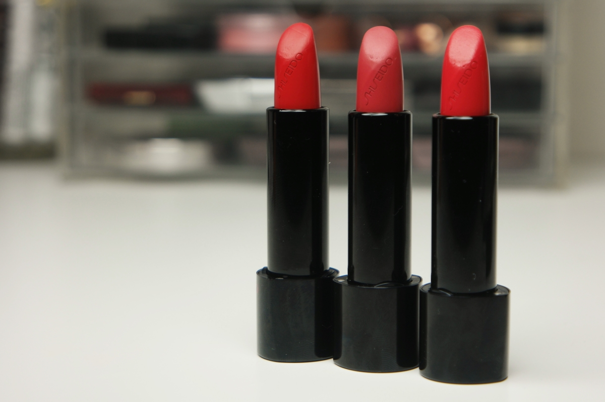 shiseido rouge rouge lipstick – a welcome break from the hype