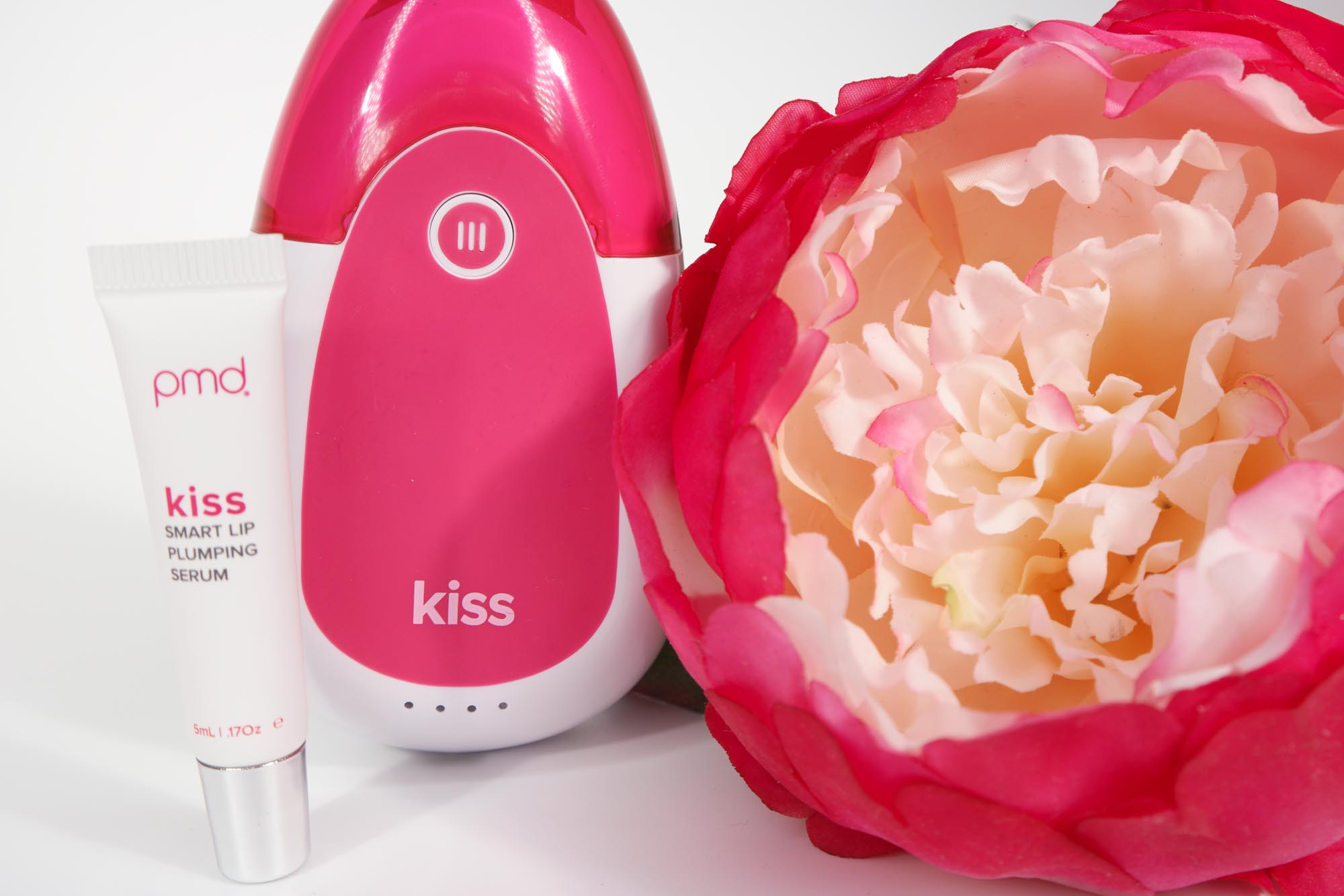 Natural Plumped Lips with PMD Kiss